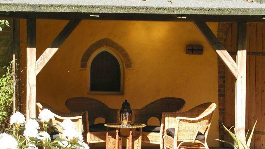Überdachte Terasse. | Ferienwohnungen Müritz - Alte Ziegelei