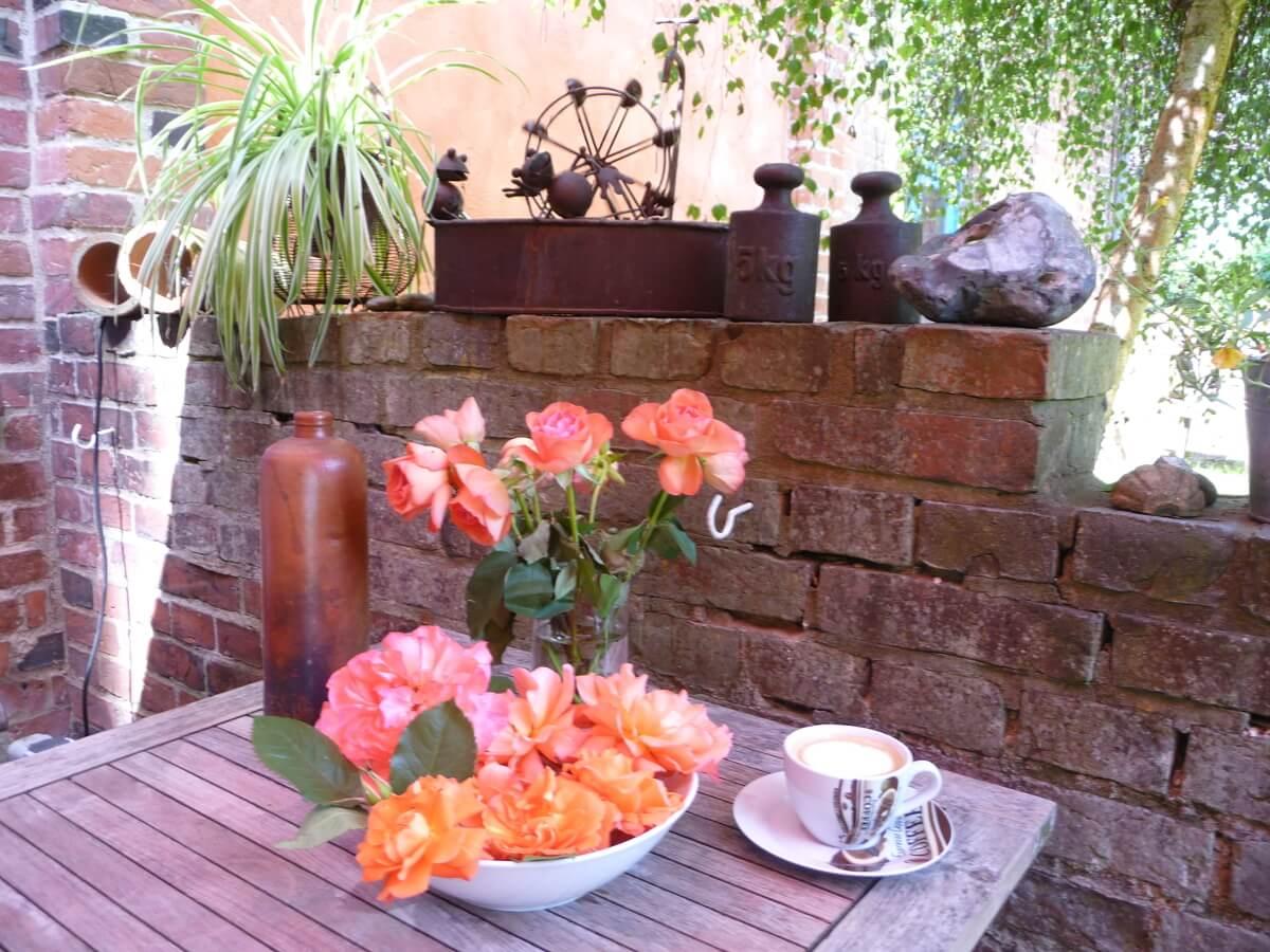 Lassen Sie sich einen Cappuccino servieren. | Ferienwohnungen Müritz - Alte Ziegelei