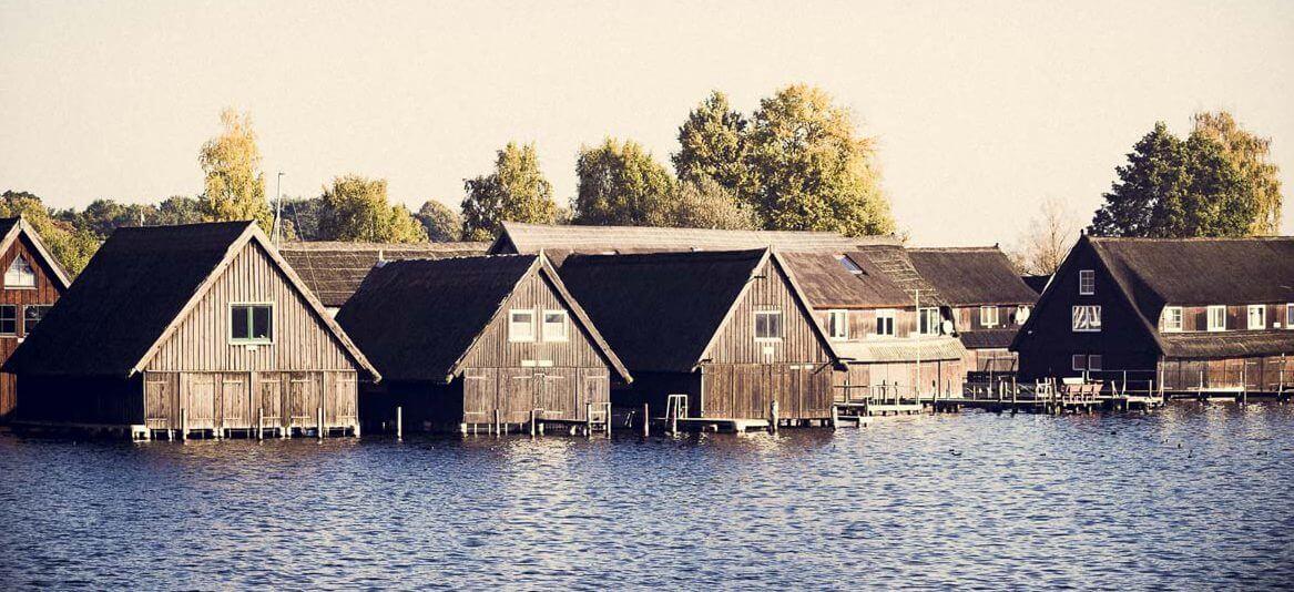 Bootshäuser in der Müritz. | Ferienwohnungen Müritz - Alte Ziegelei