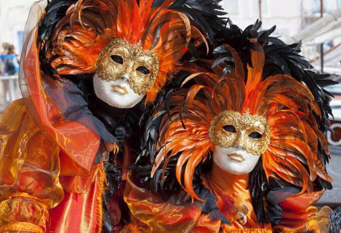 Venezianische Masken. | Ferienwohnungen Müritz - Alte Ziegelei