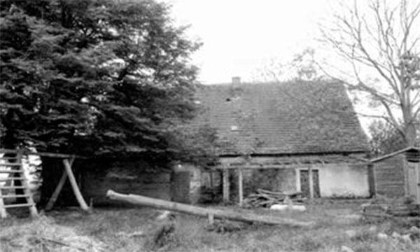 Wohnhaus der Gastgeber 1994. | Ferienwohnungen Müritz - Alte Ziegelei